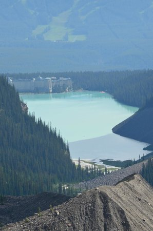 Fairmont Chateau Lake Louise: View back from Plain of six glaciers hike