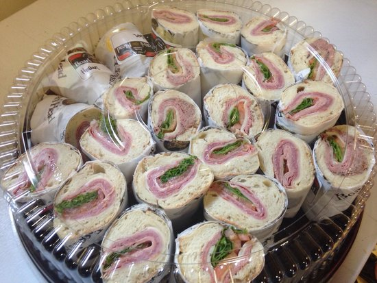 Handy's Lunch: #btvlunchandlearn who does your lunch meetings? In town for a meeting or sporting event? Provide
