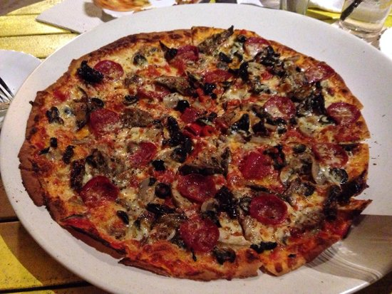 Yellow Cafe : Vegetarian pizza add on pepperoni