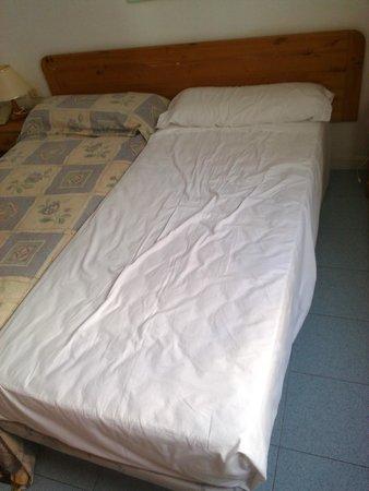 BelleVue Aquarius: Mon lit pas refait après le massage de la femme de chambre