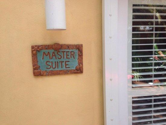 Atlantis House: Master suite