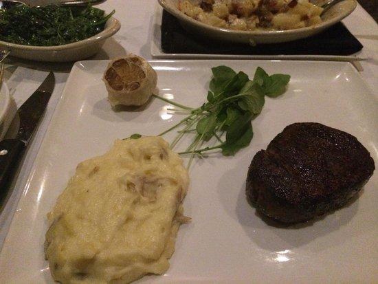 Jack Binion's Steak House: 8 oz Kobe beef