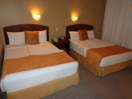Hotel Quito: Habitacion