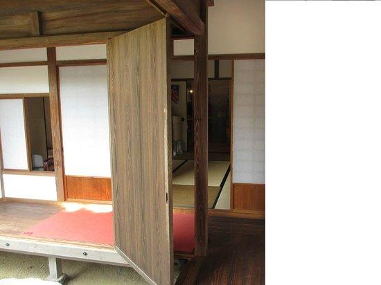 Kitsuki Castle Town : パーテーション 雨戸