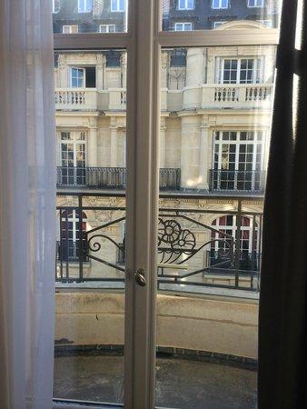 Sofitel Paris Arc de Triomphe : Balcony