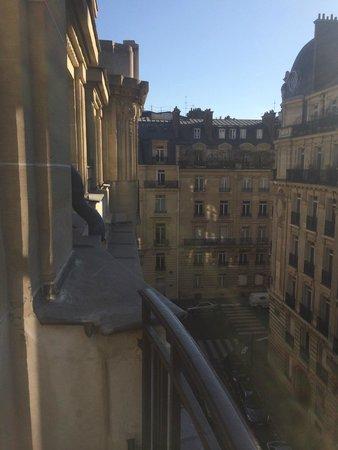 Sofitel Paris Arc de Triomphe: VIew from room