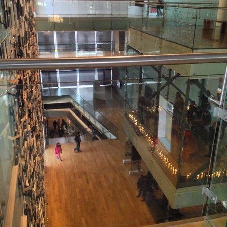 Musée de la mémoire et des droits de l'homme : Vista do 3º andar