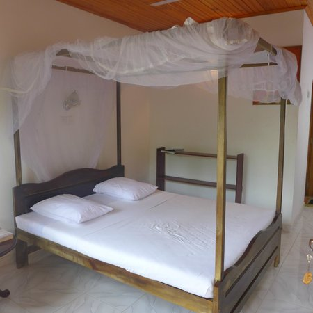 Sea Breeze Guest House : Room