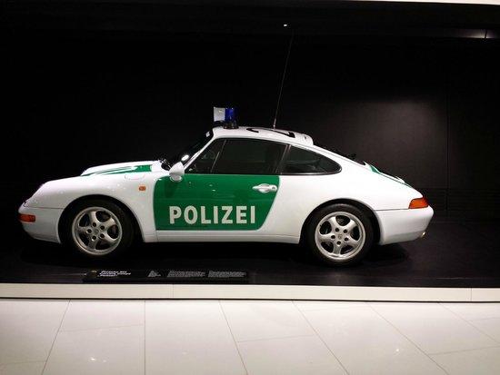 Porsche-Museum: polizei