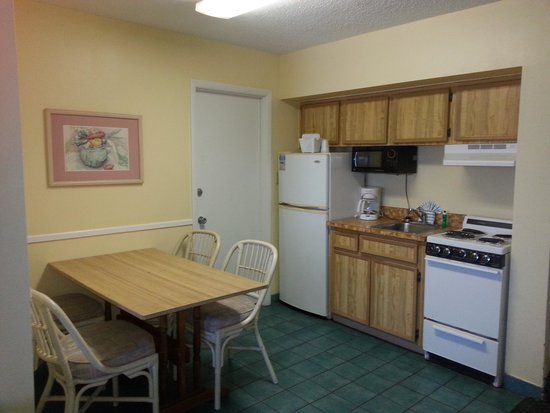 El Caribe Resort and Conference Center : kitchenette