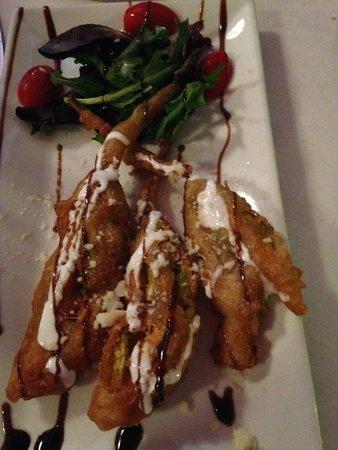 Trattoria Di Monica : fried zucchini flowers
