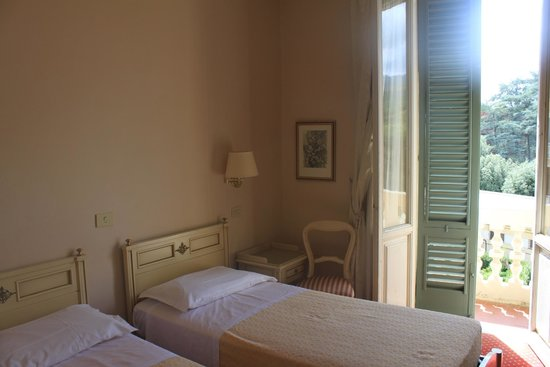 Hotel Settentrionale Esplanade: View of the room