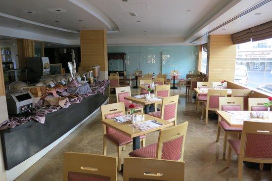 Landmark Hotel : Breakfast buffet