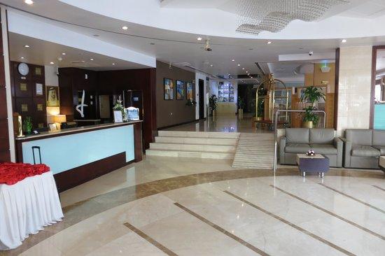 Landmark Hotel Baniyas: Lobby