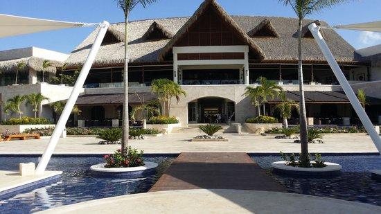 Royalton Punta Cana Resort & Casino: Bello el hotel
