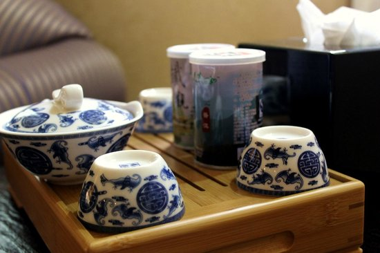 World Traders Hotel: Free tea in room