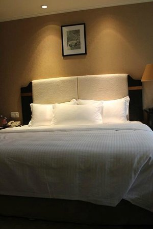 World Traders Hotel: Deluxe double room