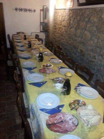 Campo Ruffaldo: La tavola degli ospiti