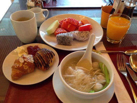Sukhumvit Park, Bangkok - Marriott Executive Apartments: 朝食!Breakfast !^_^