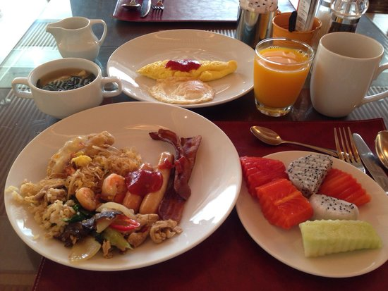 Sukhumvit Park, Bangkok - Marriott Executive Apartments: 朝食! Breakfast !^_^