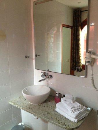 Colline de Daval: La salle de bain