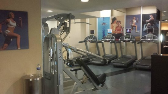 Vancouver Marriott Pinnacle Downtown Hotel: Gym