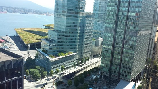 Vancouver Marriott Pinnacle Downtown Hotel : View from Room