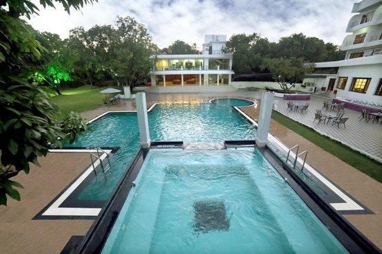 Pluz resort silvassa hotel reviews photos rate - Hotels in silvassa with swimming pool ...
