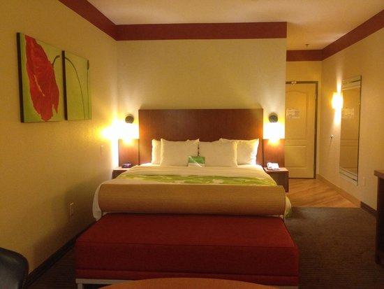 La Quinta Inn & Suites Dallas Love Field: King Room