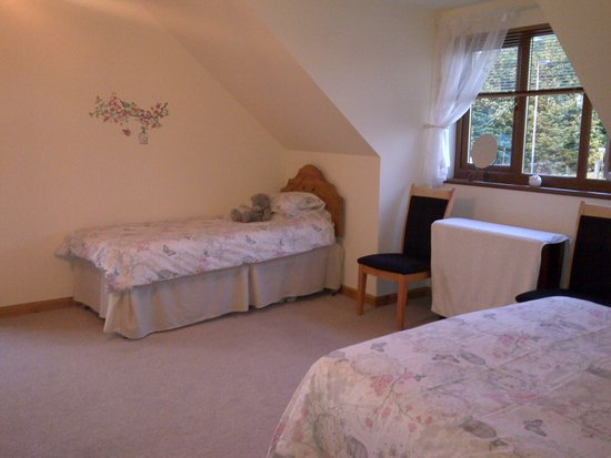 Lochinvar Guest House: Family Suite Room 1