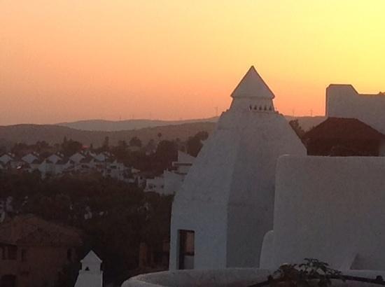 H10 Estepona Palace: estepona h10 au coucher du soleil