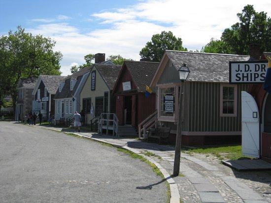 Mystic Seaport: Seaport street