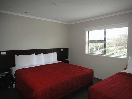 Amity Court Motel : bedroom 2