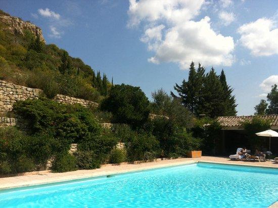 Abbaye de Sainte Croix : La piscine