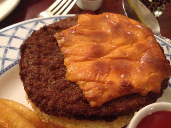 Mayview Hotel: Not a nice cheeseburger