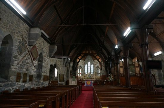 Taranaki Cathedral, Church of St Mary: inside