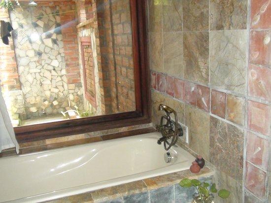 Van Chai Resort: ванная комната