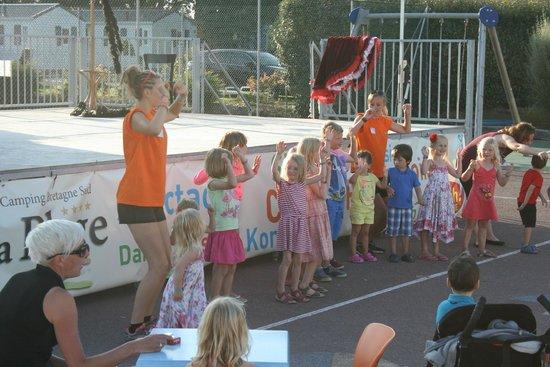 Yelloh Village La Plage : Kids mini disco