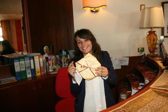 Hotel Puccini: Steffie zorgt er voor dat elke gast zich welkom voelt.