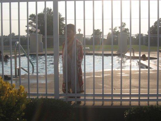 Hospitality House: Pool