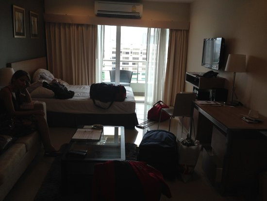 Viva Garden Serviced Residence: Our room
