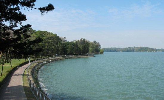 Chengcing Lake : 澄清湖