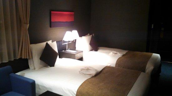 THE GATE HOTEL Asakusa Kaminarimon by HULIC: twin bed corner room