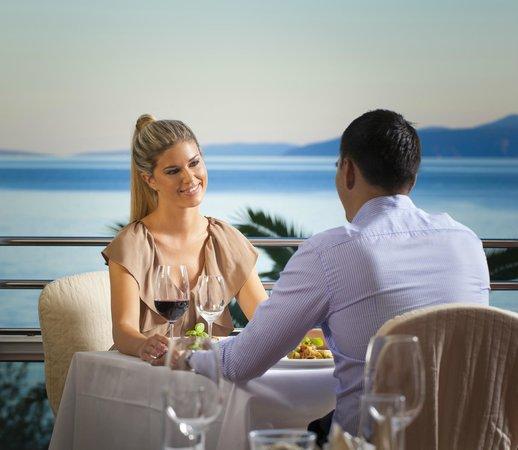 Remisens Premium Hotel Ambasador : Restaurant