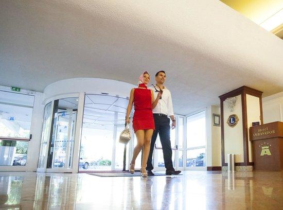 Remisens Premium Hotel Ambasador : Lobby