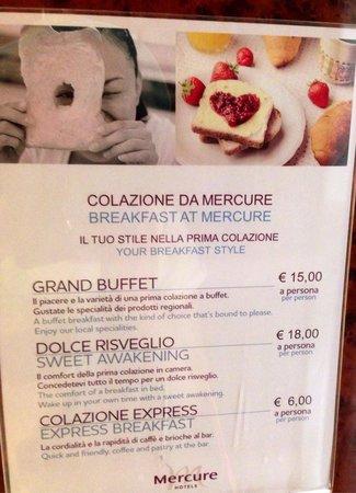 Mercure Roma Piazza Bologna: Cartaz do café da manha  no elevador do mercure!