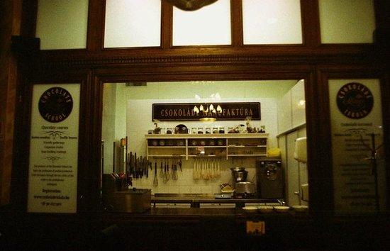 Szamos Gourmet Palace - Vaci utca: Fabryka słodkości