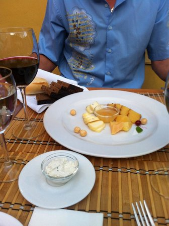 Restaurant Lokys: The cheese plate was very tasty. I ordered it on a tip from another trip advisor reviewer. It di