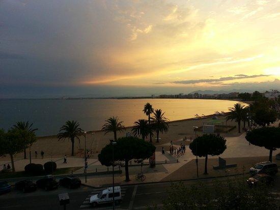 La Carabela Hotel: vue sur la mer  depuis l'agrèable balcon