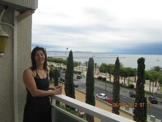 La Carabela Hotel: sur le balcon